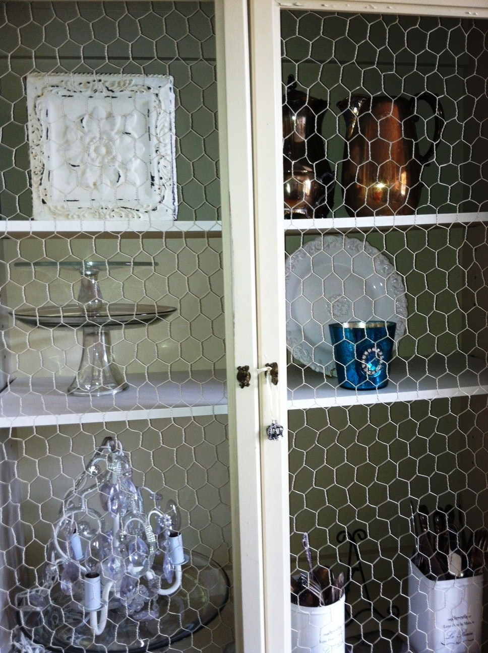 Fantastic Chicken Wire Cabinet Front Mold - Electrical and Wiring ...